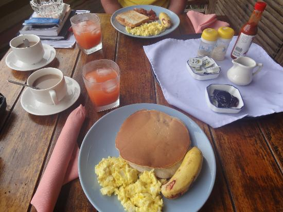 Aliiibamou Resorts Carolines: breakfast