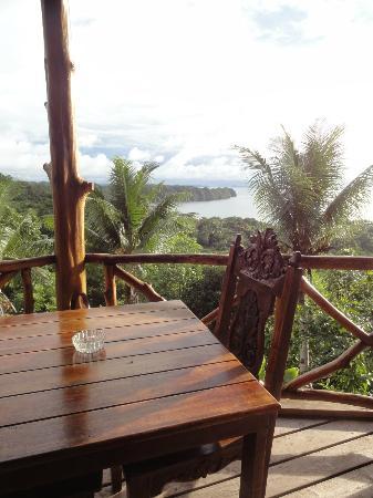 Aliiibamou Resorts Carolines: balcony