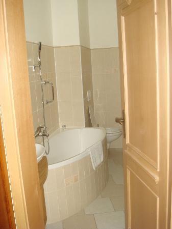 Pohadka: Bathroom - VIP President room