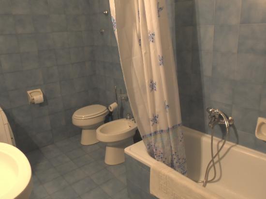 B&B Aurora: Bathroom