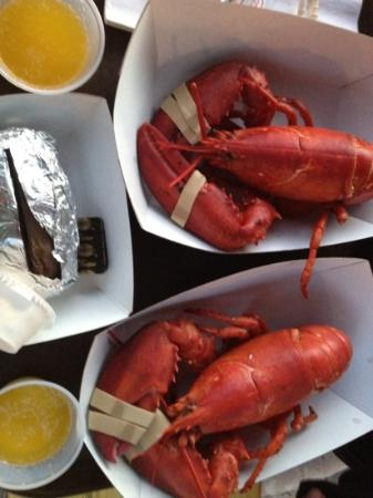 Boothbay Lobster Wharf : 2nd visit for another twin lobster dinner