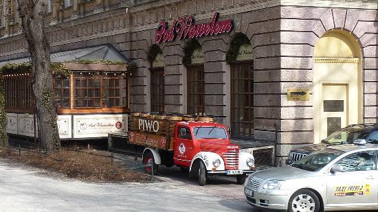 Club-Hotel Atlantic: Restuarant across from Wawel Castle