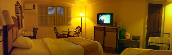 Henann Regency Resort & Spa: Superior Room