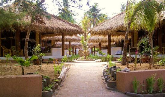 The Beach Club Hotel Gili Air: seaview bungalows
