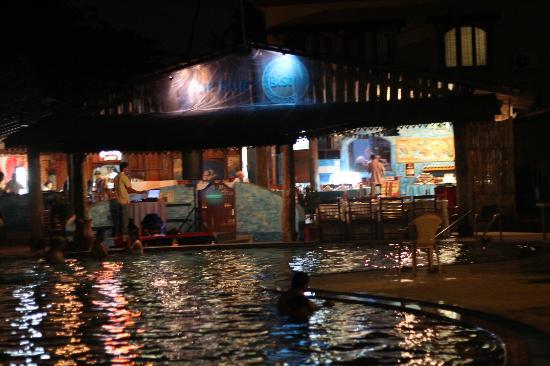 Resort Terra Paraiso: Pool/ Pool Bar
