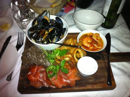 Annexe: Sharing seafood platter
