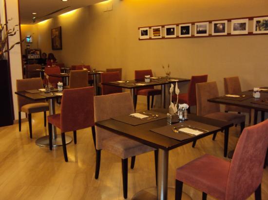 Hotel Exe Vienna: Salão do café da manhã