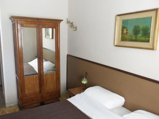 Campanella 3: The room (2)