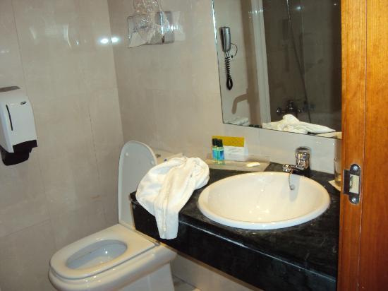 Hotel Exe Vienna: Pequeno mas satisfatório