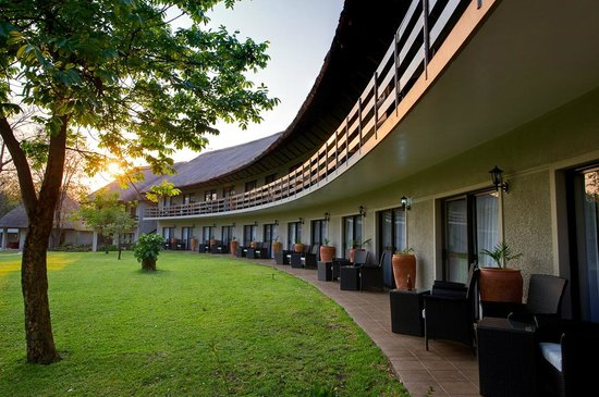 A'Zambezi River Lodge : Outside hotel view