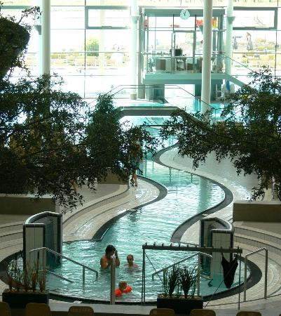 St. Martins Therme & Lodge: Una delle piscine interne