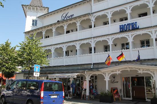 Loev Hotel Rügen: Hoteleingang