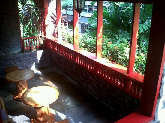 Rainforest Bed and Breakfast: Veranda on the 2nd floor.Just beside our room