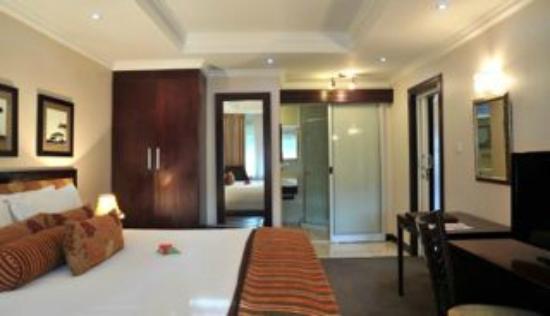 Cresta Thapama Hotel: Cresta Thapama rooms