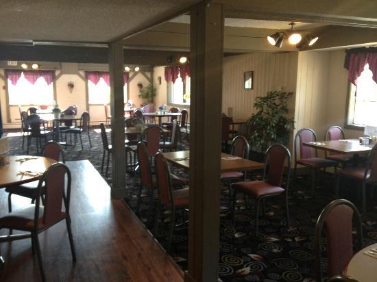 Travelodge Victoria: Restaurant area
