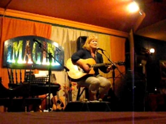 Imagine Live Music Bar: Open mic... give it a go.