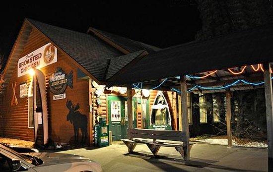 Fishtale Bar & Grill: front
