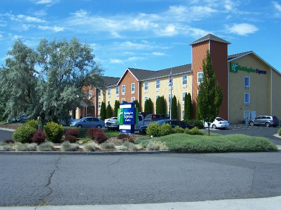 Holiday Inn Express Bend: The Hotel