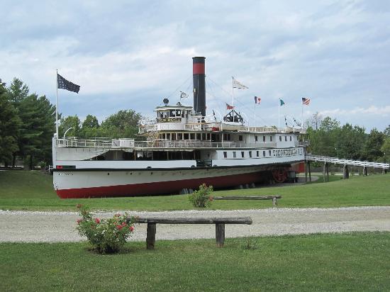 Ticonderoga Paddle Wheel Passenger Ship