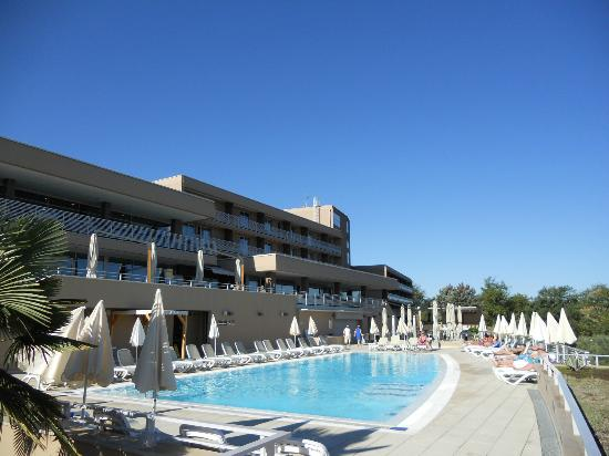 Laguna Molindrio Hotel: Front of hotel