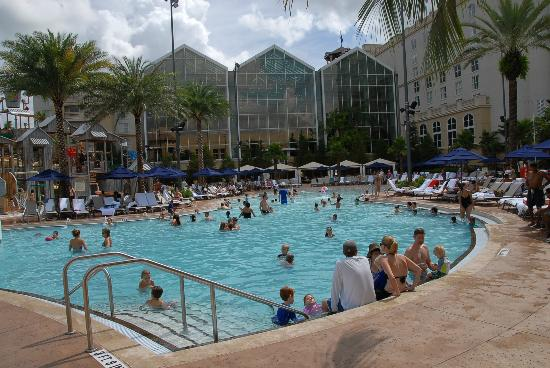 Family pool picture of gaylord palms resort convention for Pool show orlando florida