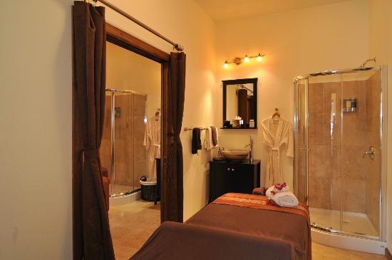 Chi Spa: Couples Massage Suite