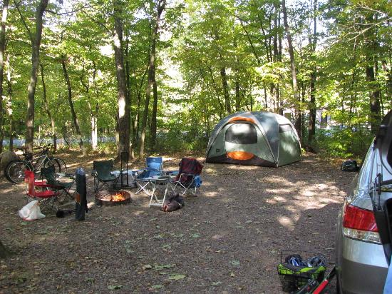 Devil's Lake State Park: Our huge campsite
