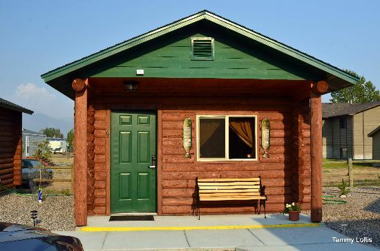 Lure Me Inn: Cabin # 4 1 bed