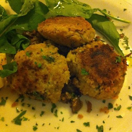 Rubino: Falafel with aubergine compote