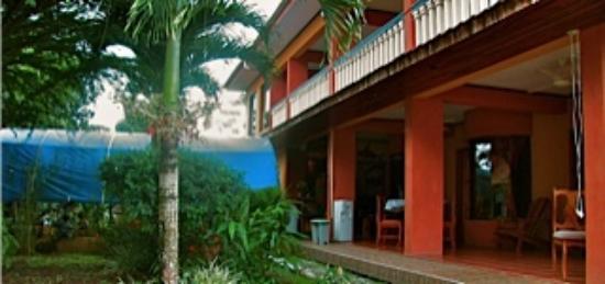 Hotel Arenas de OSA: View of side - Arenas de Osa