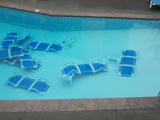 Hotel Garbi: pool