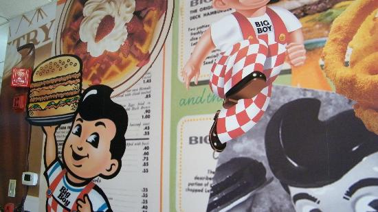 Bob's Big Boy: collectibles area