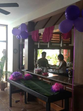 Mayoka Boutique Hotel: Balloons everywhere