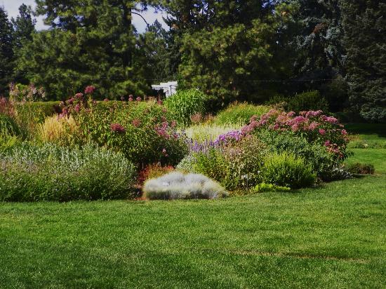 Manito Park: Perennial Garden
