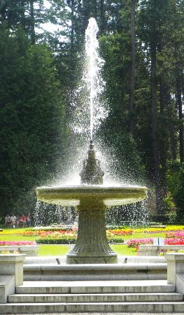 Manito Park: Granite Fountain in Duncan Garden
