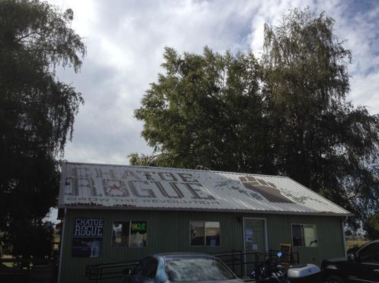 Rogue Farms Micro Hopyard: Rogue's hopyard tasting room