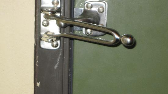 The Lodge at Giant's Ridge : Misaligned Security Latch