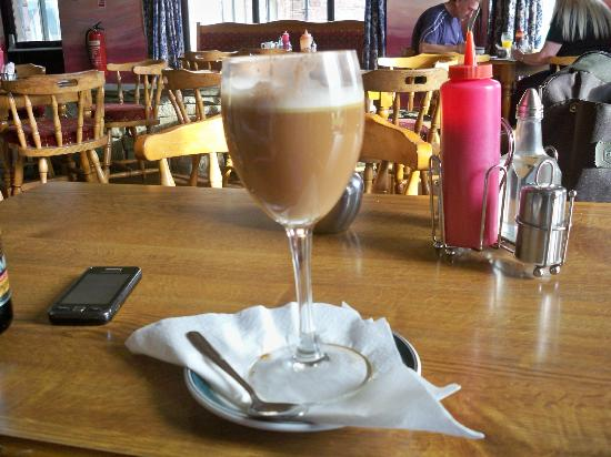 Achill Sound, İrlanda: How not to serve an Irish Coffee