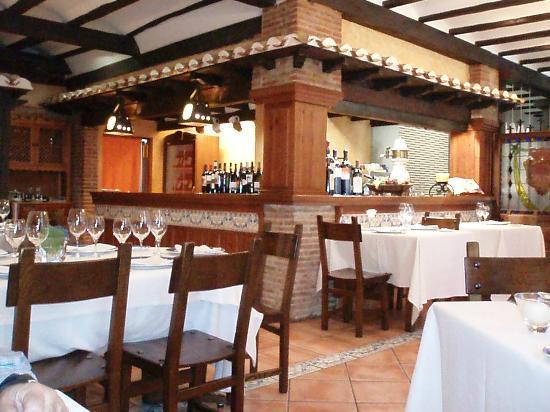 Restaurante Los Caballeros: Comedor