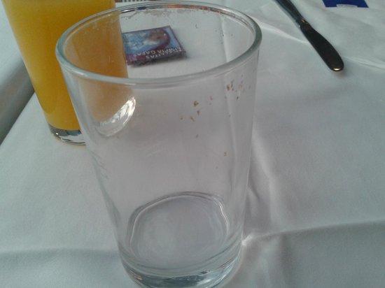 Hotel Portomagno: vasos del comedor