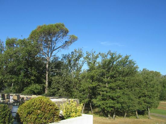 Mercure Brignoles Golf de Barbaroux : la terrasse de la brasserie
