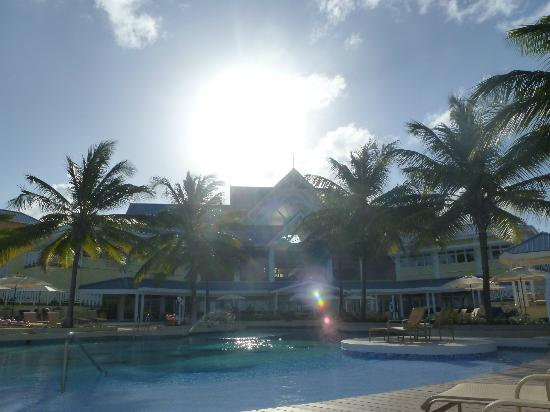 Magdalena Grand Beach & Golf Resort: Main Building
