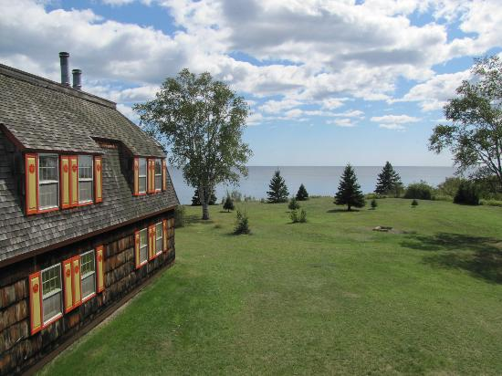 Naniboujou Lodge: Right on Lake Superior