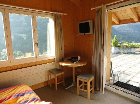 Hotel Alpenblick: Eckzimmer im obersten Stock