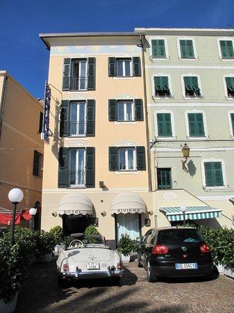 Hotel Riviera: das Hotel ist grösser und besser als es aussieht
