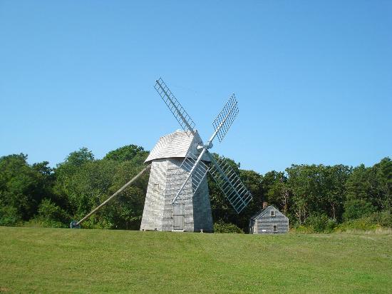 Cape Cod Scenic Tours: Cape Cod Windmill