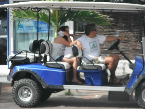San Andres Guided Segway Tours : arrendando un carro