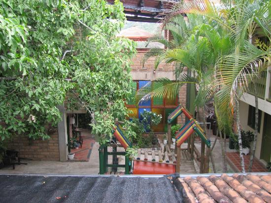 Hosteria de la Plaza Menor: Courtyard and Playground between the towers