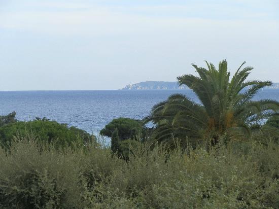 Beau Site : vu de l'hotel sur la mer