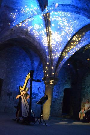 دير جبل القديس ميشيل: l'accord de la harpe et des couleurs 